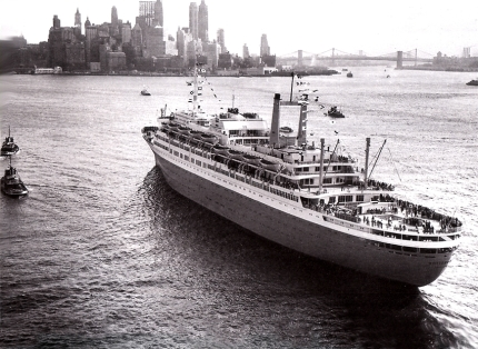 HAL-Old-Ships-Rotterdam-V-Arr-New-York-Sep-11-59