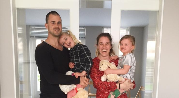 Thaddeus, Annette, Jools & Pippa nieuw huis MOMspiration