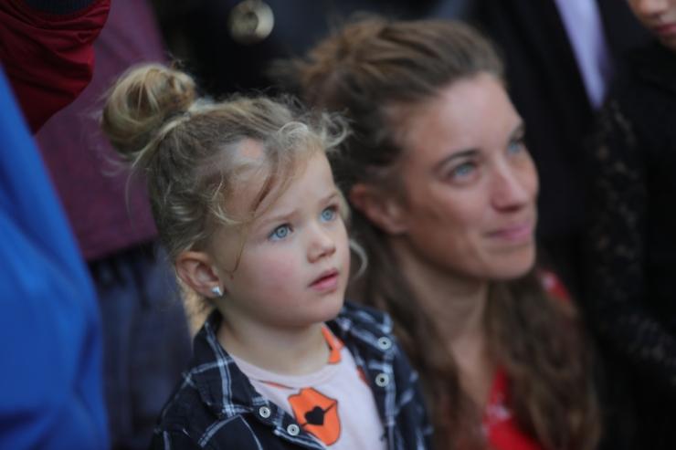 DE ZES ZWANEN - OPENING - MOMspiration - the Flying Dutch Family - Efteling
